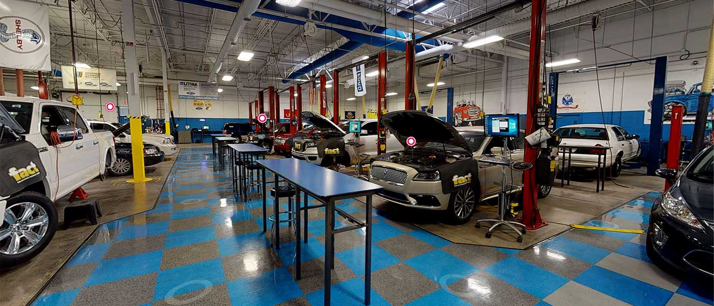 Universal Technical Institute Ford Fact Lab Virtual Tour