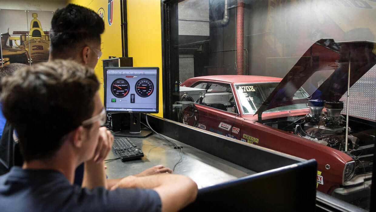 Auto Mechanic School Automotive Technician Training Uti