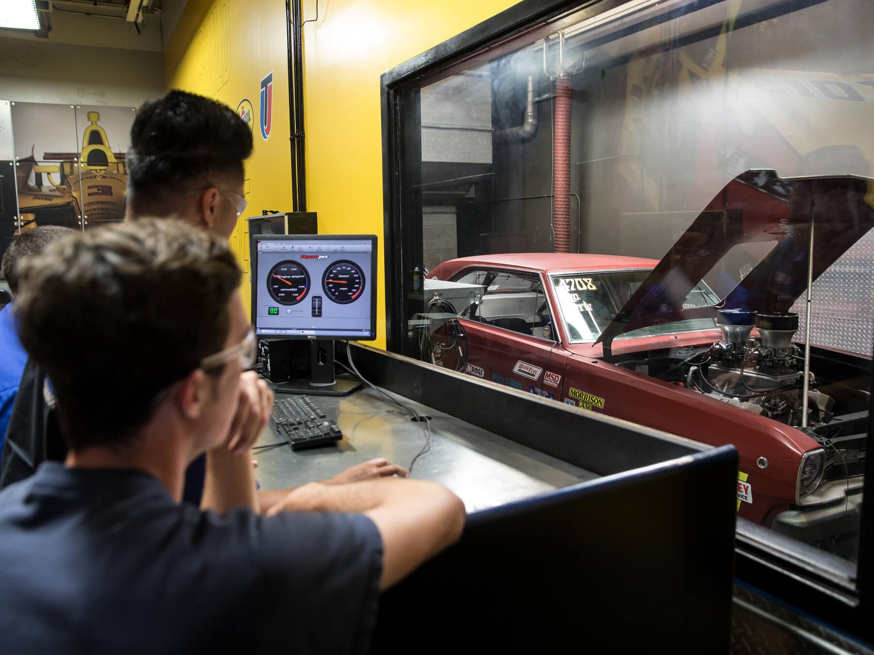 Free Summer Program For Hs Juniors Auto Technician Training Uti