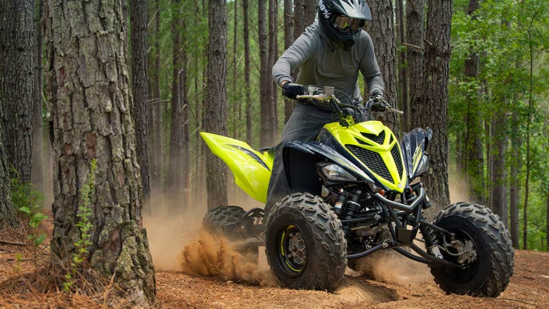 2020 Raptor 700R riding in the woods