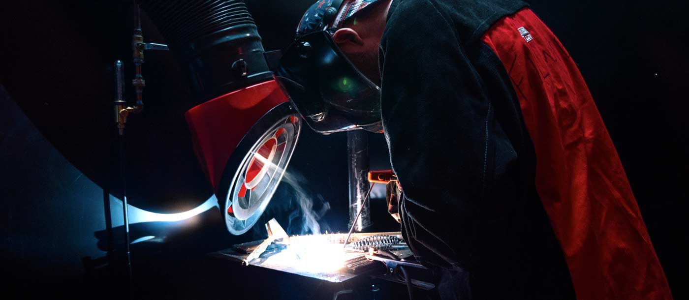 Image of a welder from Universal Technical Institute looking for Welding Career