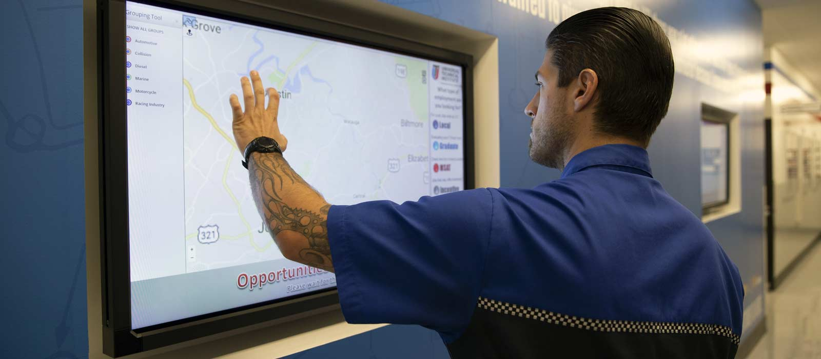 A UTI student with a Diesel Mechanic resume who is looking at job map of the United States